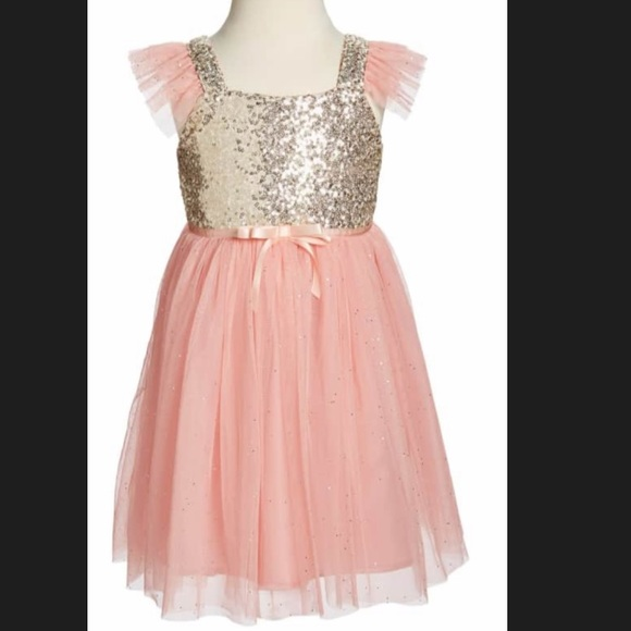 92bc1fdeff44 Nordstrom Little Girl's dress. M_5c631c65a31c338104483ebe